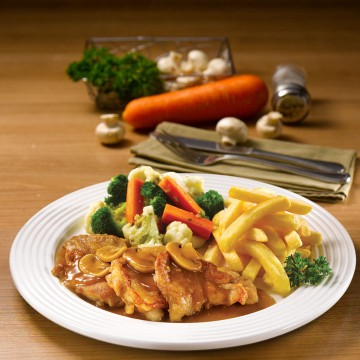 Grilled Chicken with Mushroom or Black Pepper Sauce(Rp58)