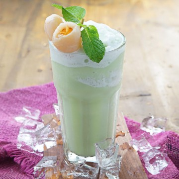 Lychee Mint Smoothie(Rp40)