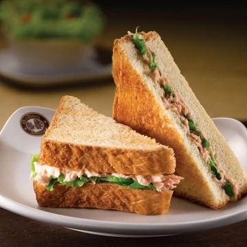 Tuna Toast(Rp32)